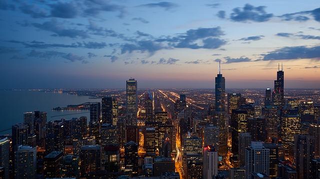 panoráma města v noci